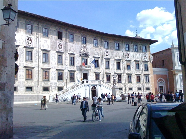 Pisa Knights Square.jpg